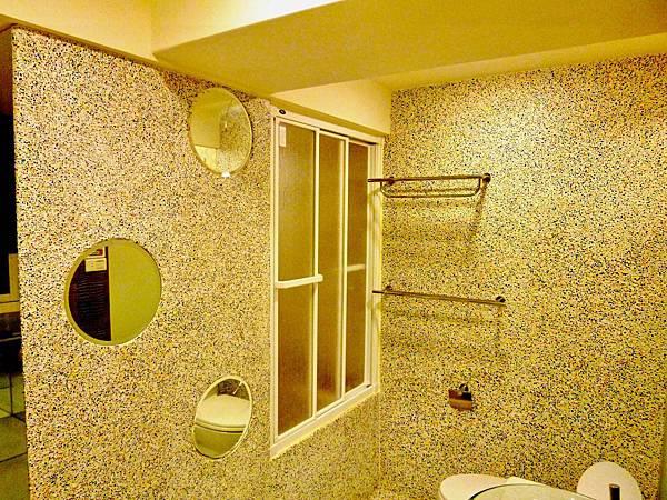 主臥浴室6