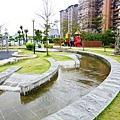社區前親子親水公園