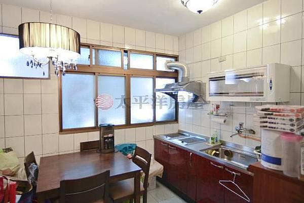 廚房及餐廳.jpg
