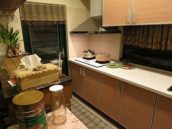 高雅的廚房1.jpg