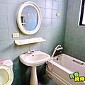 主臥衛浴2.PNG