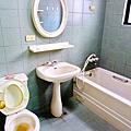 主臥衛浴3.PNG