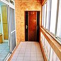 三樓大門入口處之陽台.PNG