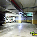 地下停車場-1.PNG
