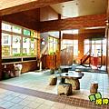 社區內設有砌茶區及兒童遊戲區.PNG