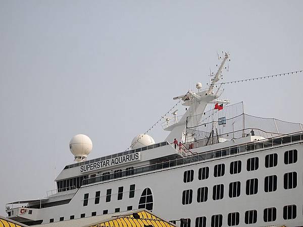13F的雷達和天線