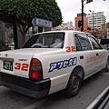 08.計程車都很乾淨,各種顏色都有,甚至還有熊貓裝飾.jpg