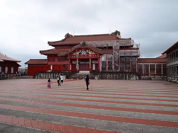 25.主殿前的大廣場.jpg