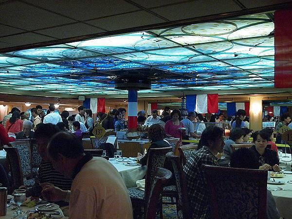 77.晚餐吃四季餐廳.JPG
