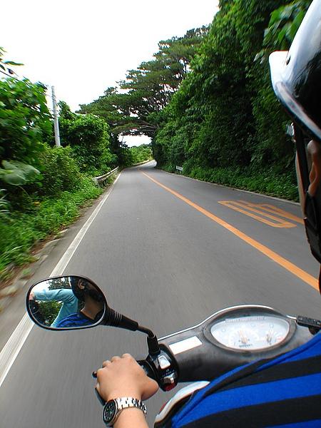 10.第一次在日本騎機車,是左駕喔.jpg