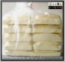 十塊裝生臭豆腐