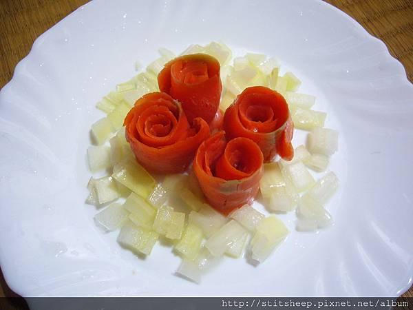 1020121洋蔥燻鮭魚玫瑰 (2)