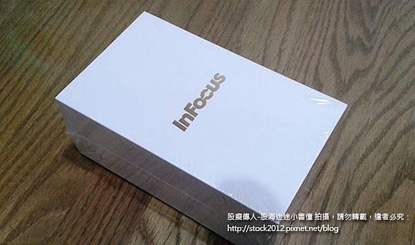Infocus IN810,IN815 開箱拍照,夜拍,照相,錄影,照片分享 (IN610,鴻海,郭董機,電池,缺點,root,評價,保護套,皮套,規格,跑分,推薦,4G LTE)