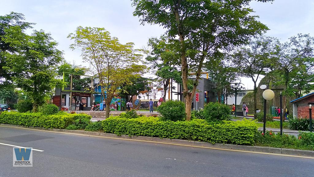 宜蘭景點旅遊推薦,幾米公園廣場,充滿吉米插畫場景的拍照與創意天地 (向左走向右走,火車站) (21)
