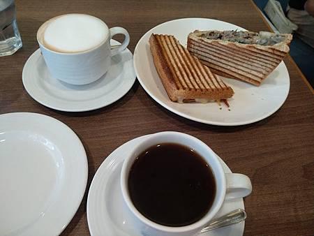 鍋子咖啡餐點1.jpg