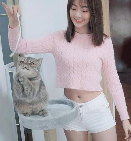 正妹與貓 5.jpg