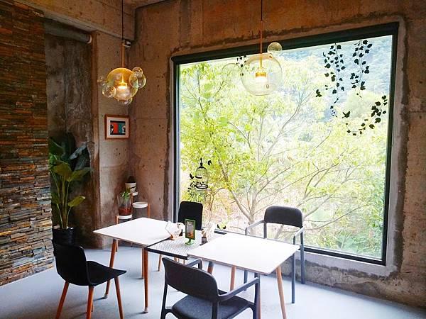 Z cafe 16.jpg