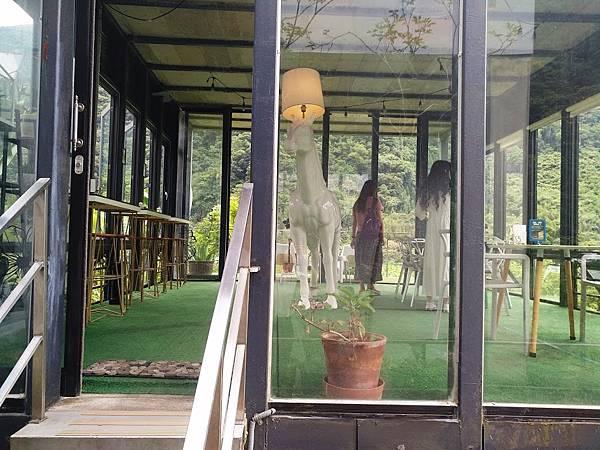 Z cafe 15.jpg