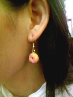 甜甜圈耳環