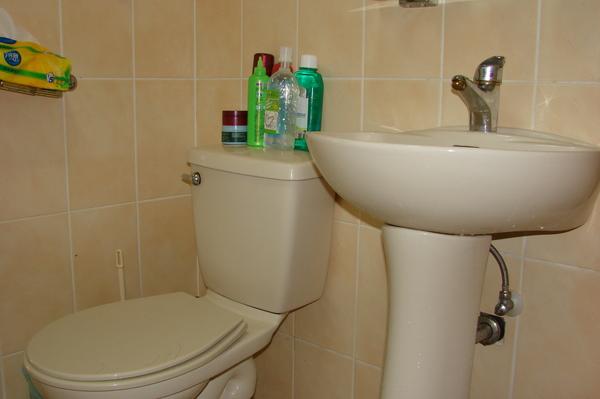 很乾淨的浴室.JPG