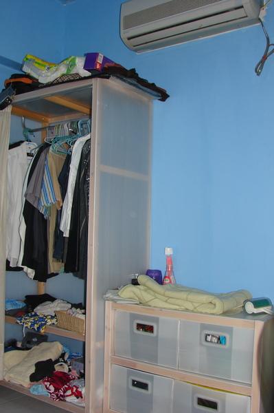 會留下來的衣櫥和小櫃子.jpg