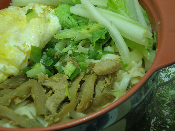榨菜肉絲麵~乾麵版(特寫2)