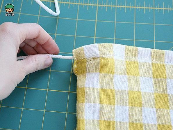 一款簡單的布藝收納袋7.