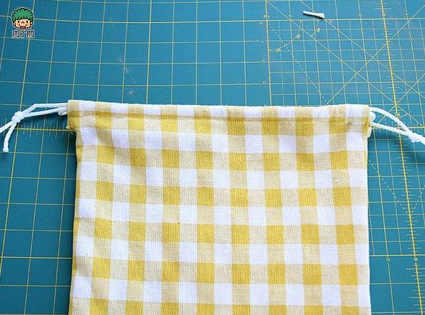 一款簡單的布藝收納袋10.