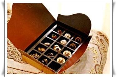 耳環收納 巧克力盒收納法