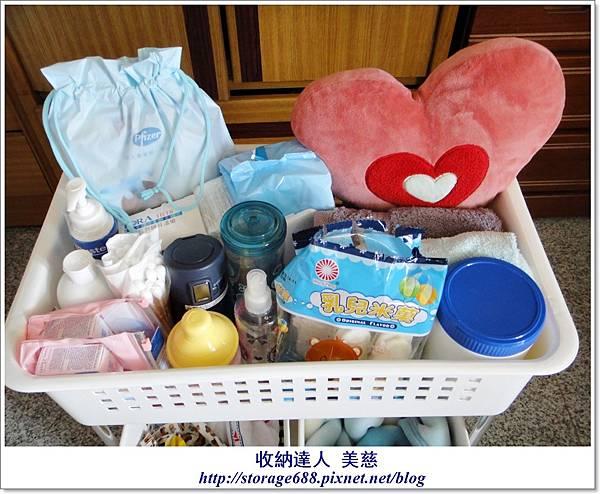雙層三格衣物收納籃 (寶寶用品+寶寶髒衣服) (2).JPG
