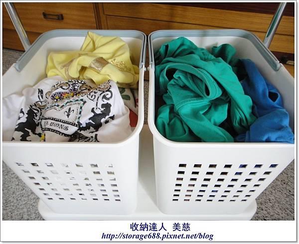 浴室用品+髒衣服3..JPG