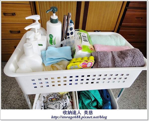 浴室用品+髒衣服2..JPG