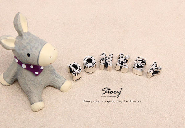 STORY ACCESSORY, 故事銀飾, 925 純銀, 訂做, 字母項鍊, kikilala, Little Twin Stars, 雙星仙子, 三麗鷗, sanrio,串珠,手鍊,潘朵拉