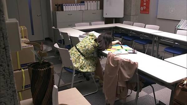戰鬥吧!書店女孩.Tatakau.Shoten.Girl.Ep01_2015417213535