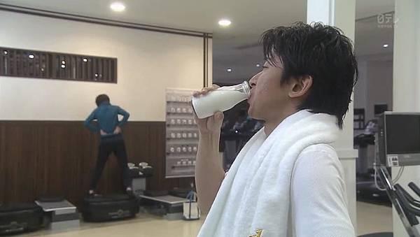 世界第一难的恋爱.Sekaiichi.Muzukashii.Koi.Ep01.Chi_Jap.HDTVrip.852X480-ZhuixinFan_201641701458.JPG