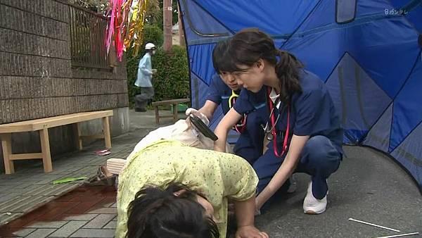Code Blue -急救直升机-.Code.Blue.Doctor.Heli.Kinkyu.Kyumei.S03E01.Chi_Jap.HDTVrip.1280X720-ZhuixinFan_201772712211.JPG