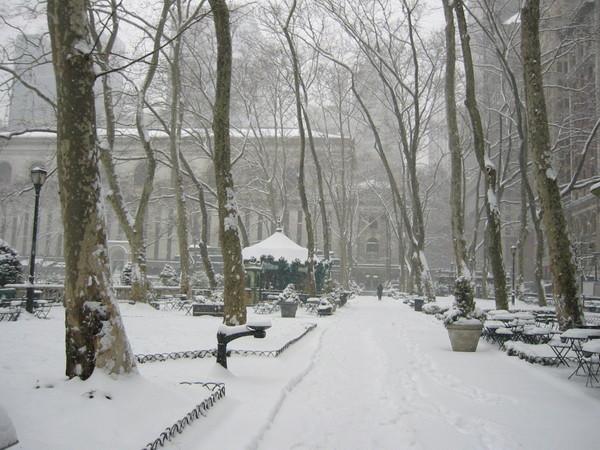 Bryant Park 雪景