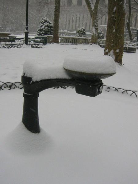 公園裡的飲水機
