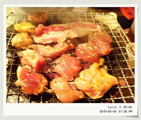 市民大道火之舞燒烤1.JPG