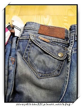 藍世界牛仔褲3.JPG