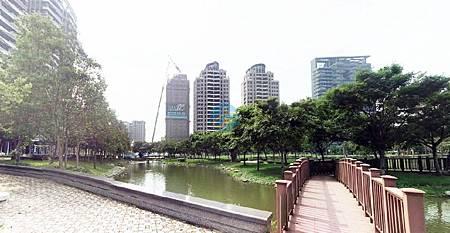 11中央公園