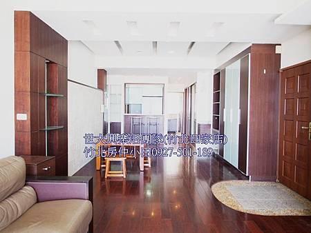 15昌益第凡內-家樂福4房9樓+平車