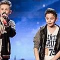 十歲的兄弟以饒舌歌唱出遭霸菱時的親身經歷