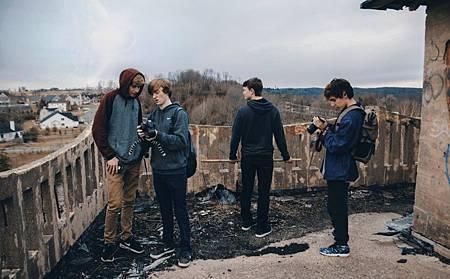 [電影寶典]用七種手持攝影技巧,讓影片有電影感