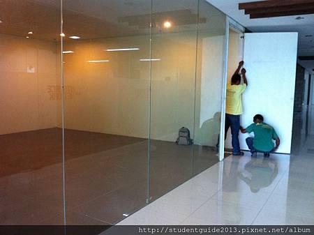 0512 丈量玻璃門 (1).jpg