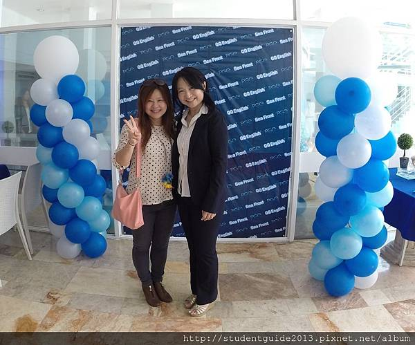 QQ seafront 0408 (Mizuho and Anita)