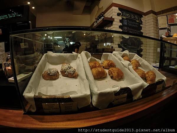 Yolk coffee shop (29)