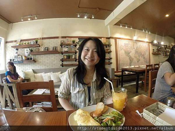 Yolk coffee shop (26)