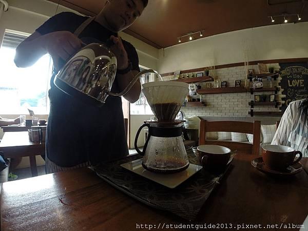 Yolk coffee shop (7)