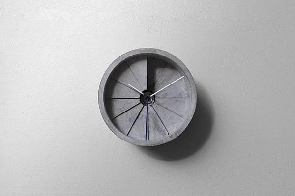 4d clock_01_s.jpg
